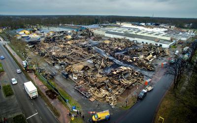 De loods ging in de nacht van 29 februari op 1 maart 2020 in vlammen op.